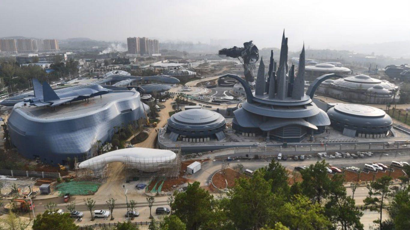 China construye el parque temático de ciencia ficción más grande del mundo